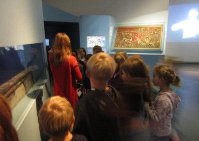 """Museumsbesuch der 2.Klassen """"Mit 100 Sachen durch die Geschichte"""" 6"""